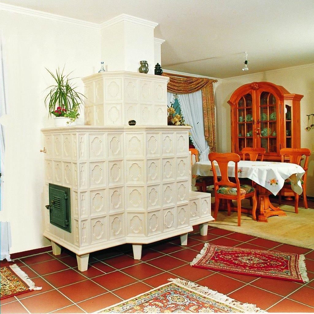 rustikale kachel fen innung des kachelofen und. Black Bedroom Furniture Sets. Home Design Ideas